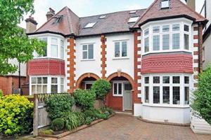 Дом-близнец на две семьи в Лондоне