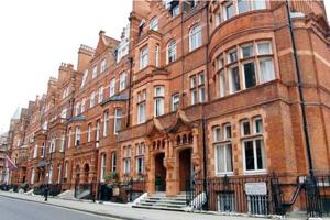 Квартира в многоквартирном доме в Лондоне